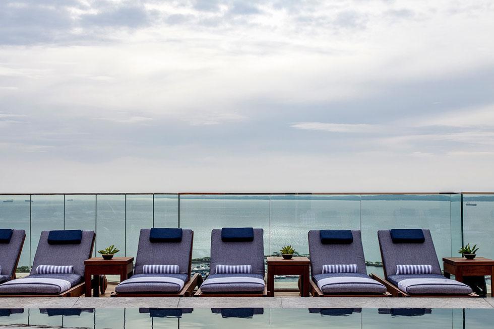 pool---hotel-fasano-salvador